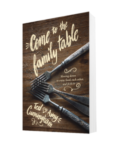 ComeToFamilyTable_3D
